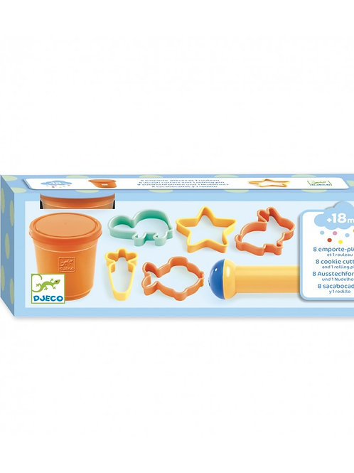 Djeco - LIGHT CLAY - 8 shapes cutters and 1 rolling pin