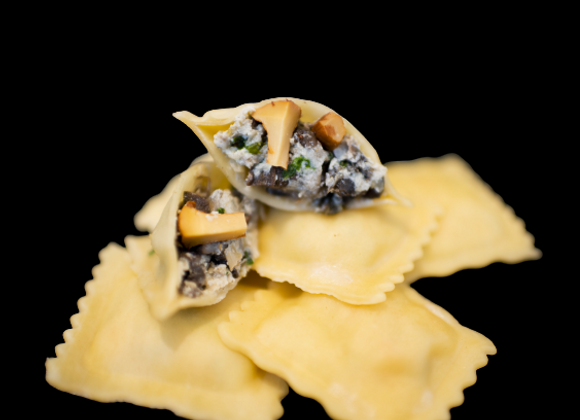 Raviolis Escargots girolles et son beurre blanc persillé