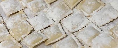Raviolis cuisses de grenouilles, beurre blanc persillé