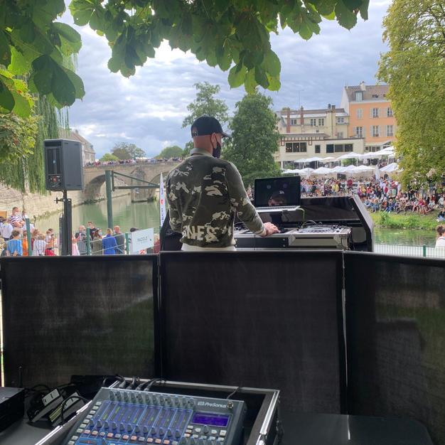 DJ en plein air