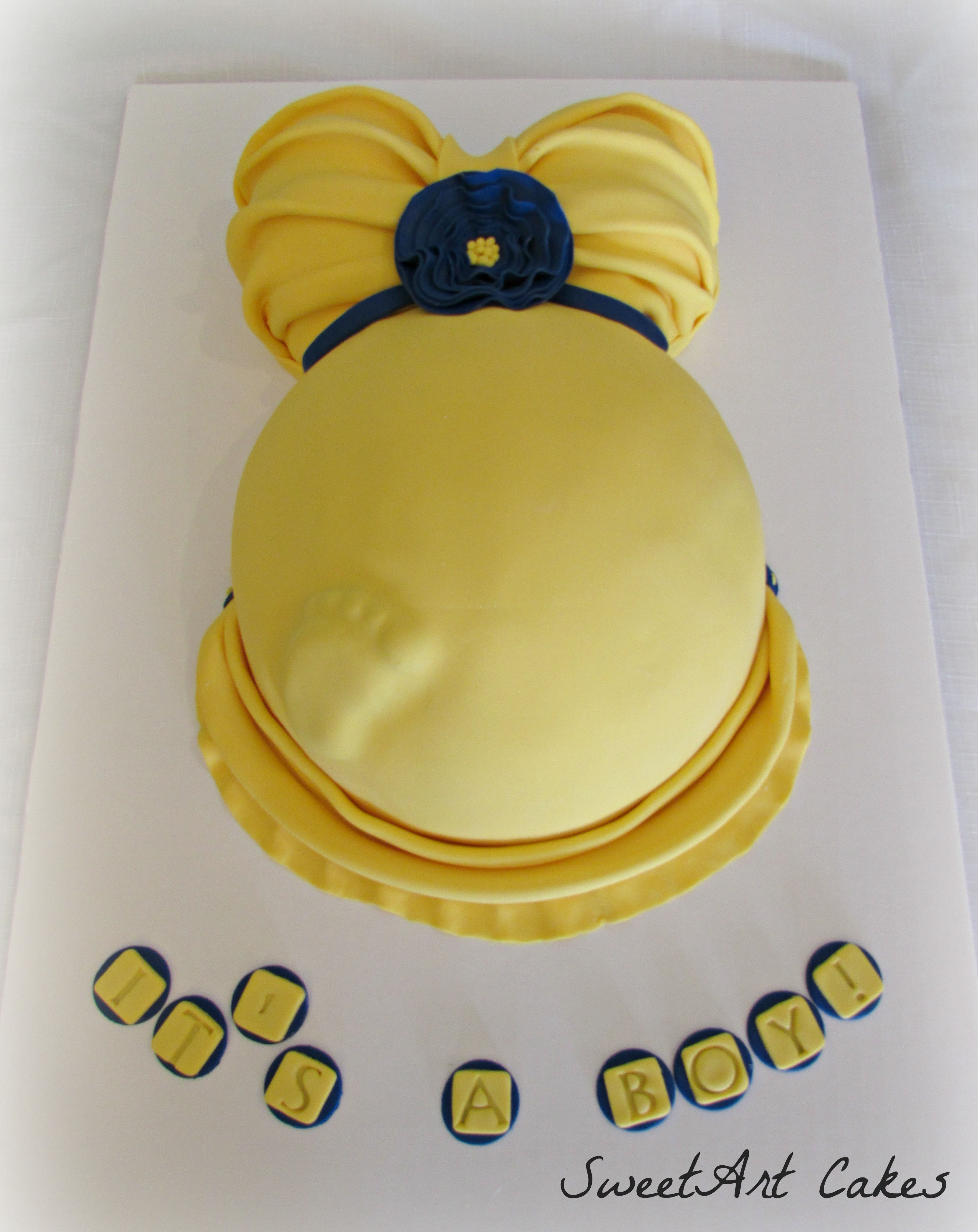 Baby Belly Cake with Foot