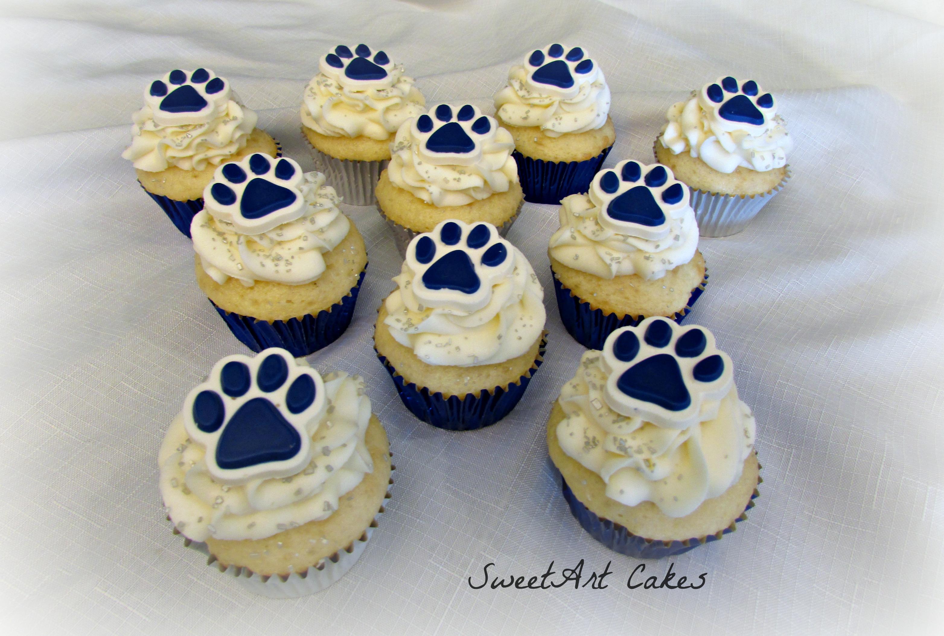 Bulldog Paw Cupcakes
