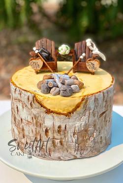Outdoorsy Birch Wedding Cake