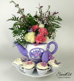 Teapot Cake and TeaCupCakes