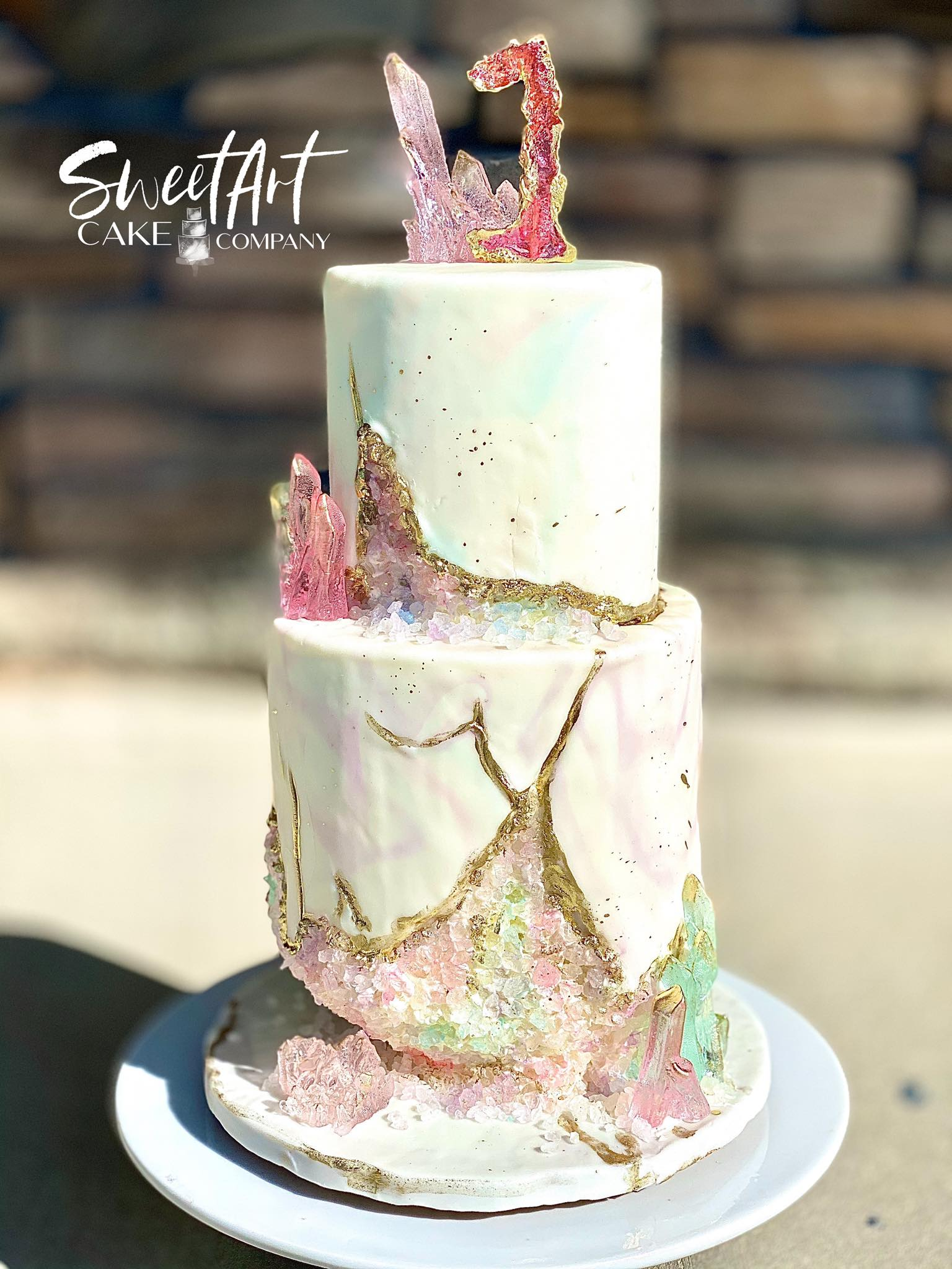 Light Crystal Geode Cake