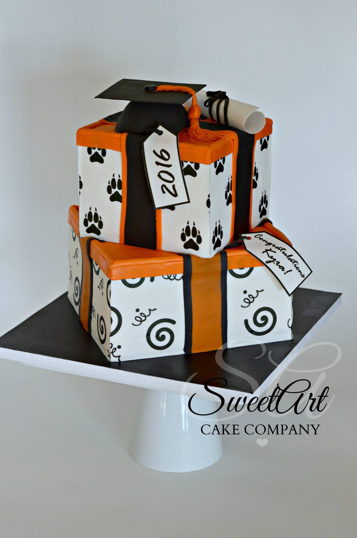 Presents Graduation Cake
