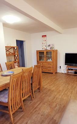 19_1020-livingroom1.jpg