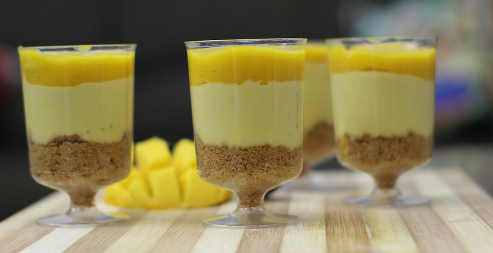 Eggless Mango Cheesecake