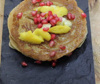 Easy Whole Wheat Pancakes in 5 minutes