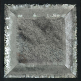 T. 20/08/12, Glas, Leinwand, 80x80x12 cm