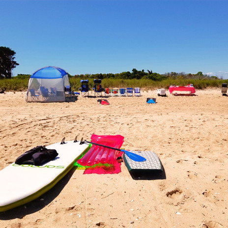 Martha's Vineyard Beach Clambake and Cruise