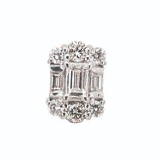 ダイヤモンドピアスK18WGトータル0.4ct