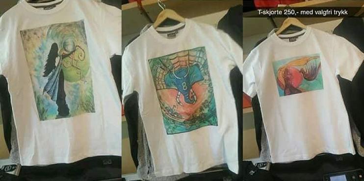 T-Skjorte med trykk av maleri malt av kunstneren Melissa Helen Hekland Edvadsdal. Pris kr 250,- pluss frakt.