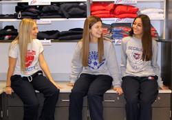 store_3girls