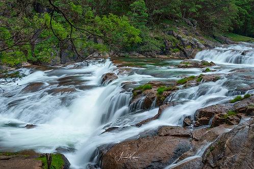 Pyakara Falls