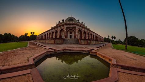 himayun tomb.jpg
