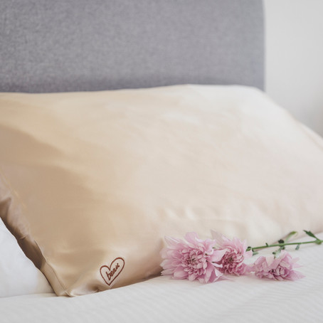 HOW TO: Care for my Silk Pillowcase