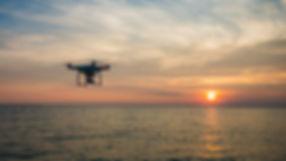 Drone acima do oceano | Assista Vídeos sobre a Dimensão da Natureza