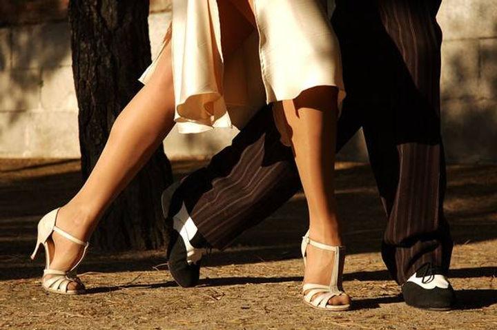 Tango argentin ambre capiccini.jpg