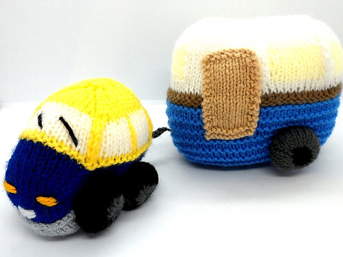 Knitted Car and Caravan by Natty Knitter