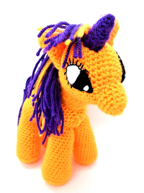 Crocheted Unicorn by Happy Hobbies
