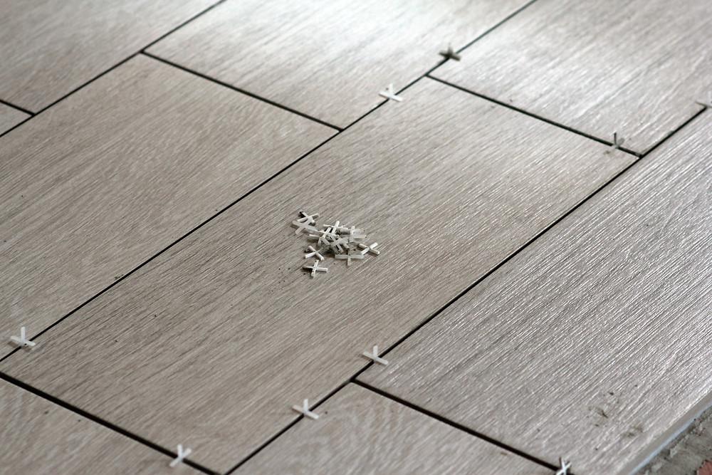 Flooring divinehomeremodeling.com