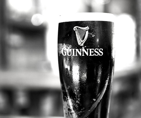 handyman pub irlandes.jpg