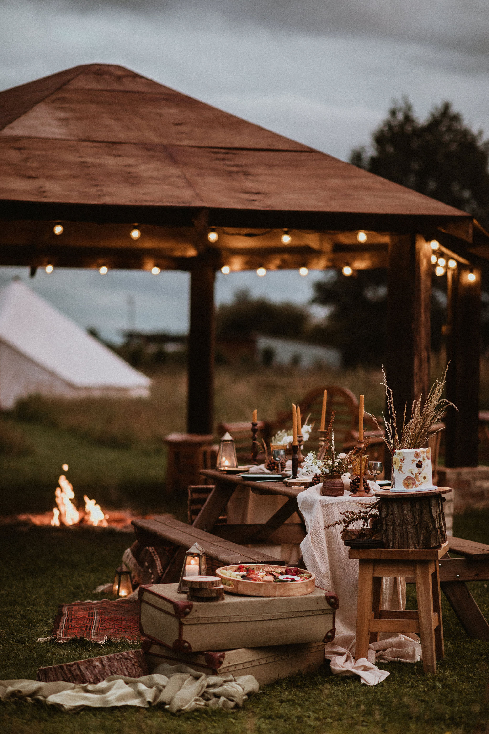Firepit & Tablescape