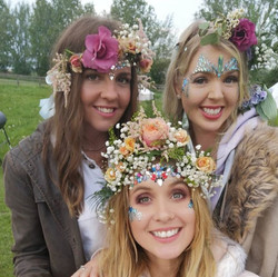 Flowers and glitter at hen do