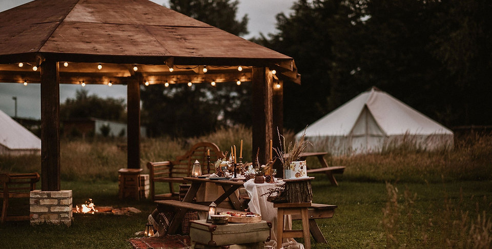 Glamping Fire Pit & Festoon