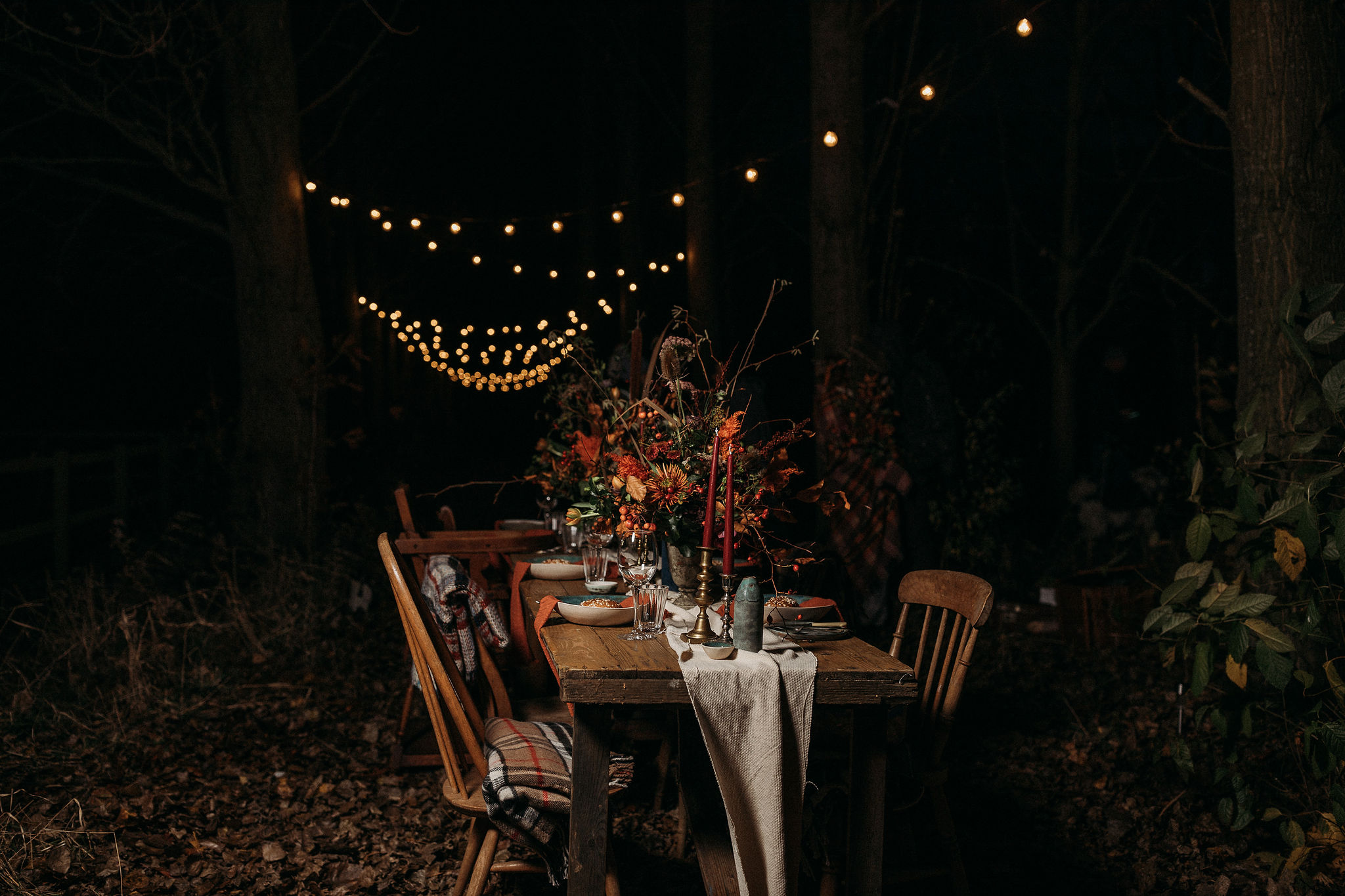 Autumn wedding table arrangement