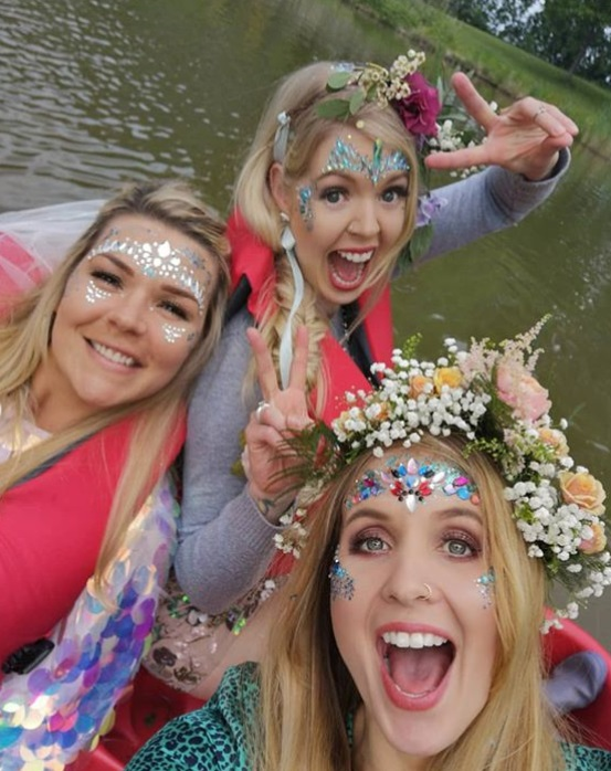 Hen do celebrating on pedalo
