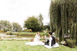 Bride and Groom picnic