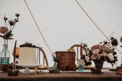 Autumnal wedding table