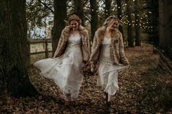 Autumn wedding walkway