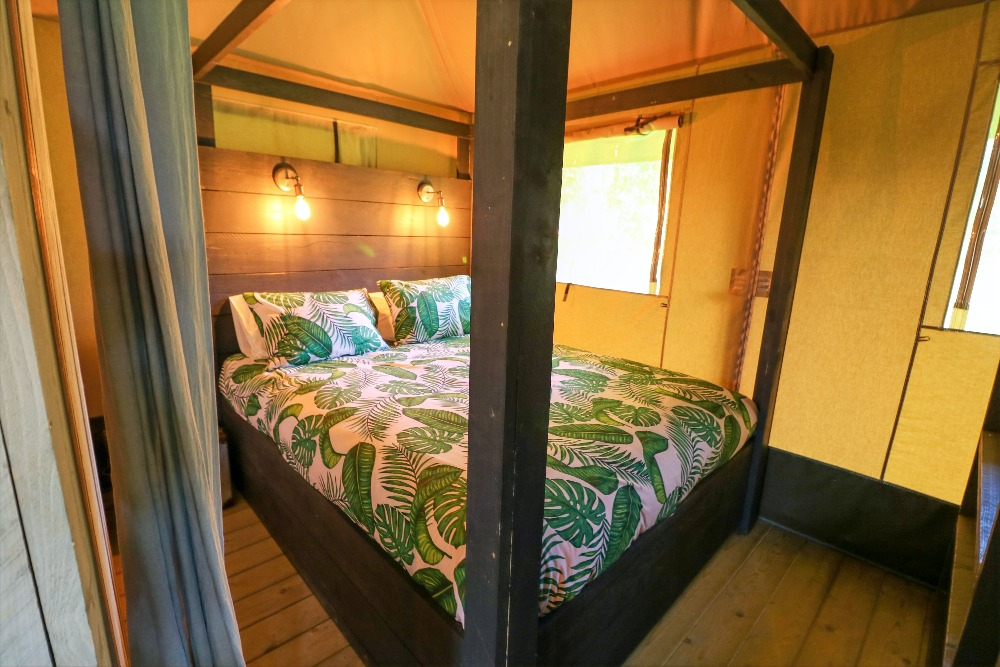 Four Poster Glamping