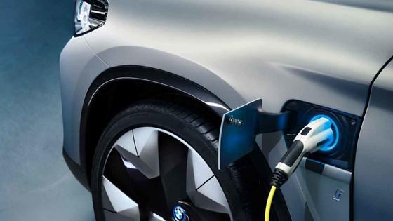 10 factores que afectarán a la implantación del coche eléctrico