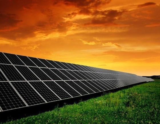 El nuevo 'boom' de la fotovoltaica en España: más de 23.000 MW se quieren instalar en los próximos a