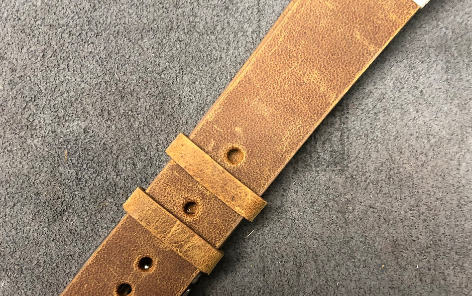 20mm vintage style strap - Chestnut leather with white threading accents