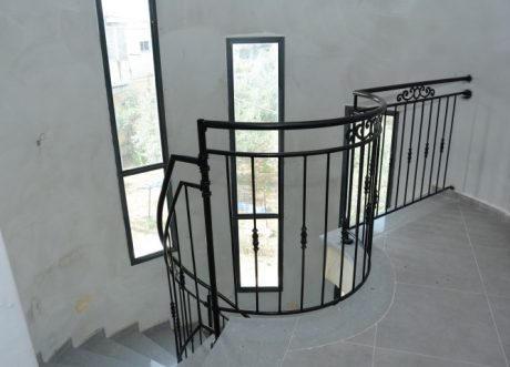 Globus Handrails and Railings