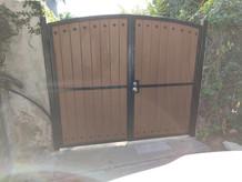 globus.wood.gates