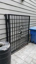 Globus Steel Gates & Fences