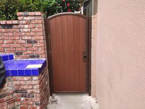 Globus Wood Gates and Fences