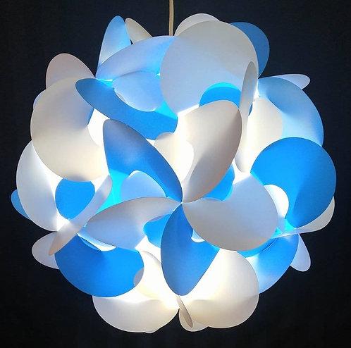 Blanche et bleue
