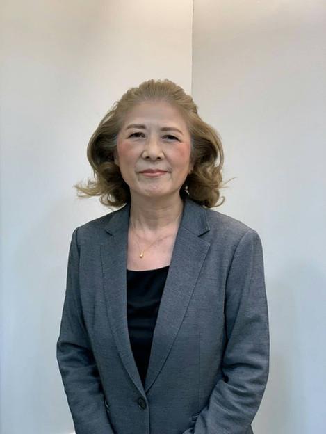 小島千恵子