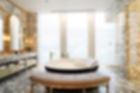 05.MAHANAKHON_showerroom.jpg