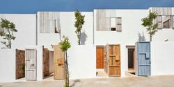 Casas aisladas con posidonia en Formentera