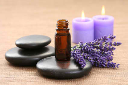 Essential Oil Basics & Why You Should Use Them, Daily!