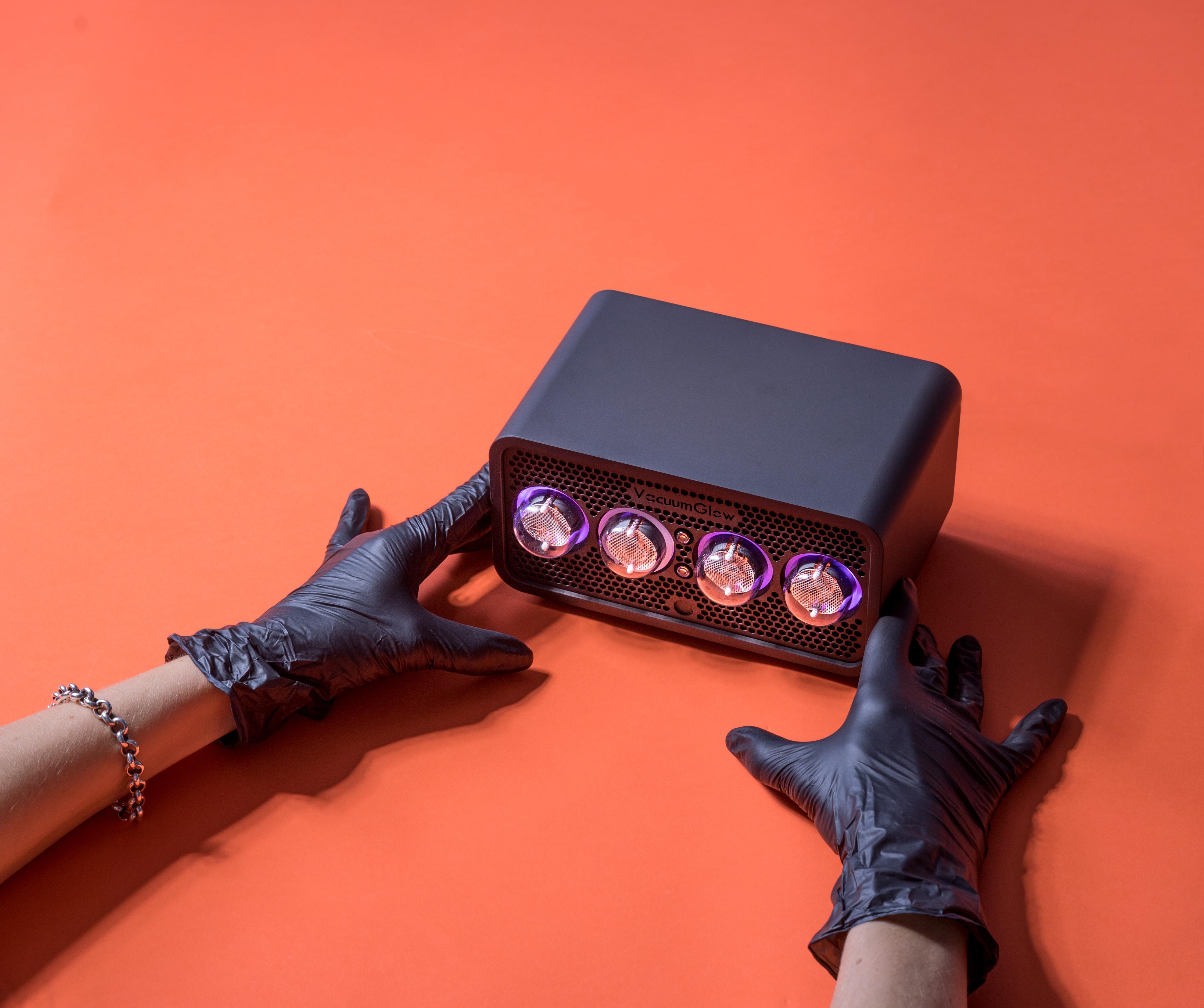 Винтажные ламповые часы Вакуумглоу
