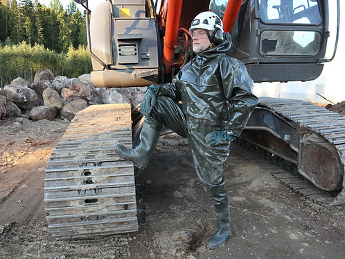1000g Extreme Drainage Coverall with optional boots and gloves